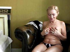Morena amateur peluda gorda rebotando señoras follando xxx una polla
