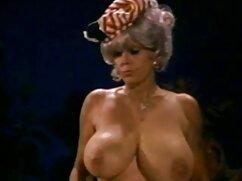 Flaco negro se folla a la milf pawg señoras cojiendo Sara Jay!