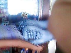 Charlie con jeans striptease senoras cojiendo rico