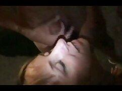 La adolescente perfecta Megan Rain juega con su señoras de 50 cojiendo nuevo consolador solo -