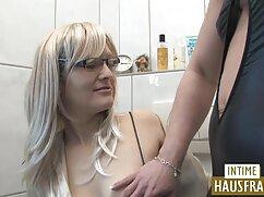 ¡Lesbianas de látex desempacan la cojiendo con señoras casadas entrepierna!