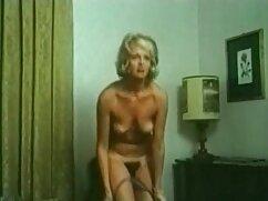 Hermosa adolescente sexo anal interracial follar una gran señoras desnudas cojiendo polla en su culo tragar semen